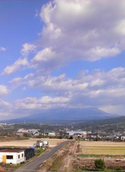 1208-fuji.jpg